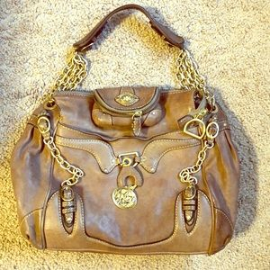 Beautiful juicy couture !!